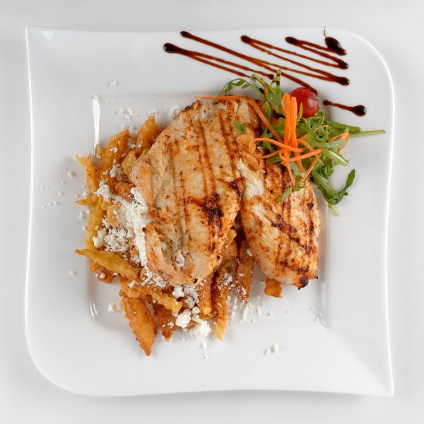 Grilled chicken breast (300 g)